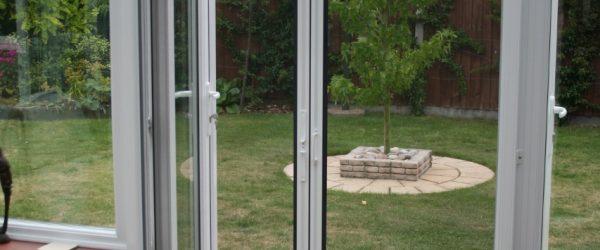 Genius Horizontal Double Roller Door Screen